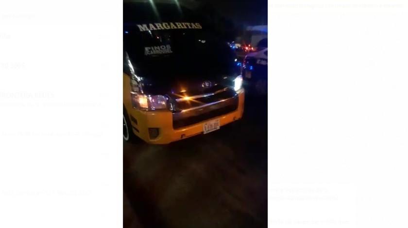 Choferes de taxis de ruta agredieron verbalmente a inspectores de la Dirección Municipal de Transporte Público mientras realizaban revisiones aleatorias la noche de este miércoles.