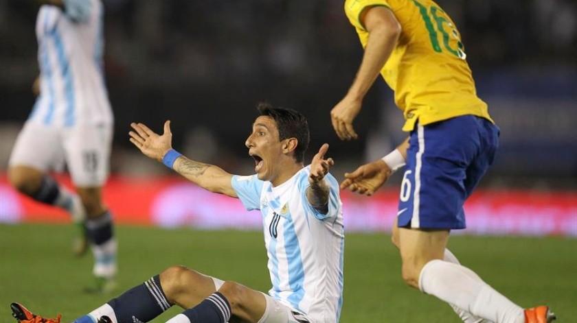 Argentina partió este jueves por la mañana rumbo a Riad, donde tendrá un entrenamiento vespertino.(EFE)