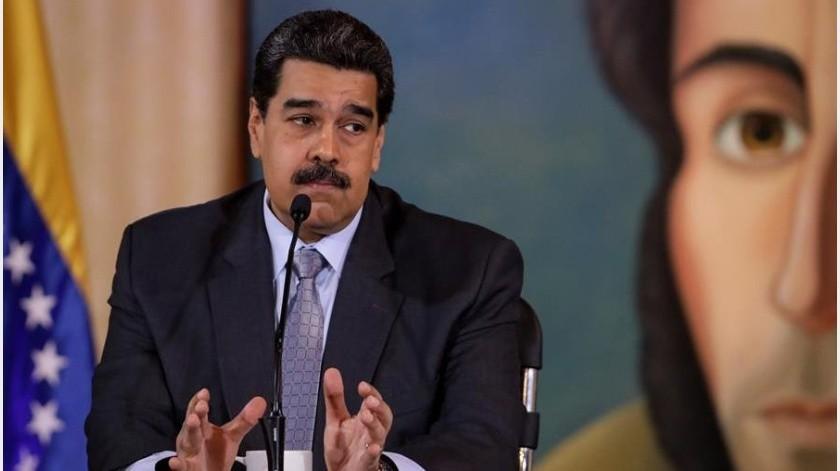 La denuncia de Maduro surge a menos de 48 horas de una manifestación opositora convocada por el jefe del Parlamento, Juan Guaidó, a quien casi 60 países reconocen como presidente encargado.(EFE)
