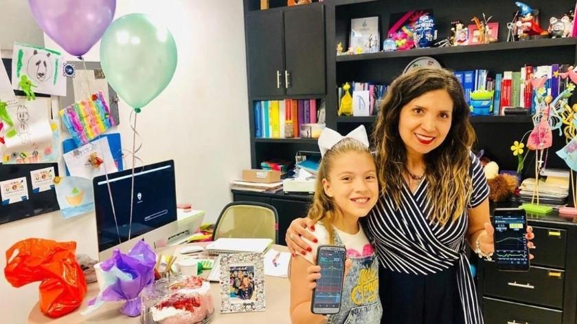 Regina Campa Martínez, de 9 años de edad, es una niña ejemplar y muy disciplinada en el tratamiento de su diabetes.(Especial)