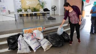 ¿Tiene material reciclable? Llévelo a la UES