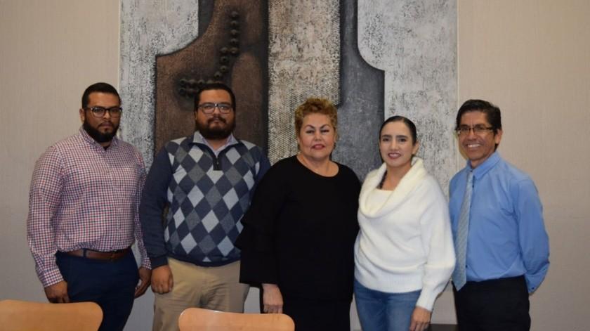 José Manuel Villegas Peralta, Jonatan Castro Calzada, Norma Leticia Ayala Camacho por Unifront; Vianka R. Santana, Eduardo Cisneros por Cecut.