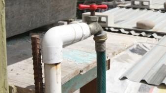 Se recomienda evitar guardar más agua de la necesaria para 36 horas.
