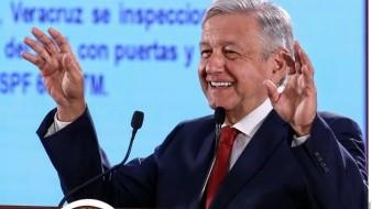 López Obrador aconseja comprar libros en el Buen Fin