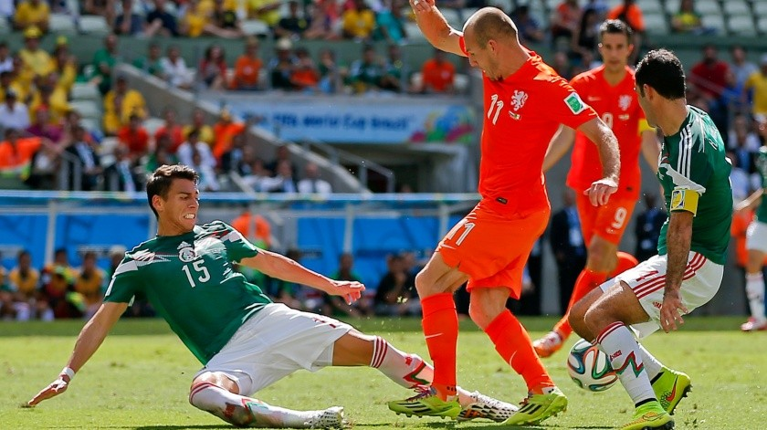 México perdió dolorosamente ante Holanda en el Mundial de Brasil 2014.(AP)