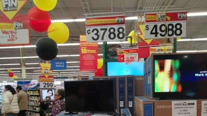 Venden a 37.80 pesos televisión en Walmart de Toluca(Especial)