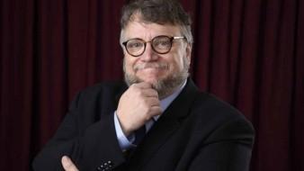El cineasta mexicano Guillermo del Toro y la cervecera Victoria resolvieron el
