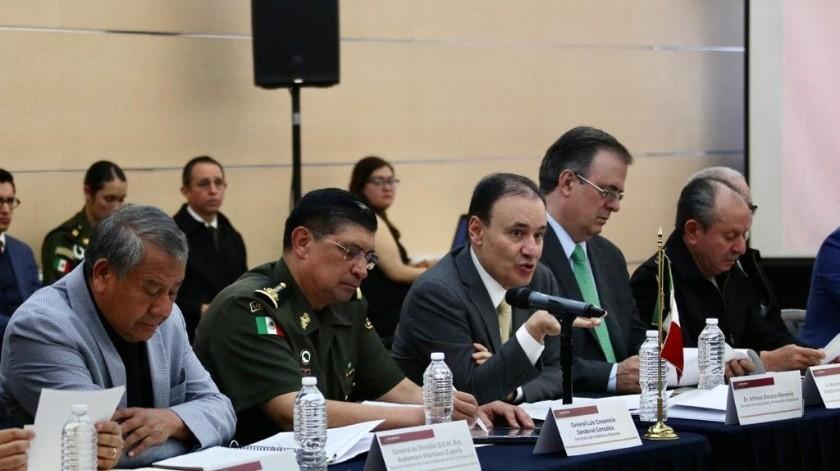 El objetivo de esta reunión es avanzar en la estrategia bilateral para frenar el flujo ilícito de armas en la frontera entre ambos países.