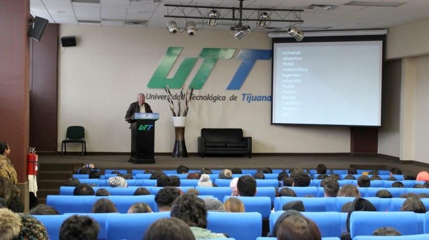 La plática fue dirigida a los alumnos de Universidad Tecnológica de Tijuana (UTT).(Cortesía)