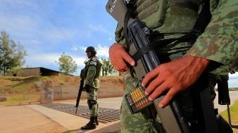 Detiene GN a estadounidense que intentaba introducir armas en la frontera de Sonora