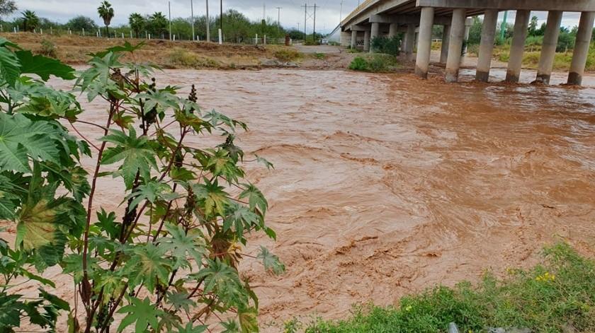 El Río San Miguel muestra un enorme caudal tras las lluvias que comenzaron desde el miércoles.