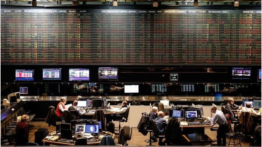 El mandatario estadounidense anunció esa medidas este lunes, a través de las redes sociales, bajo el argumento de que Argentina y Brasil han devaluado fuertemente sus monedas, lo que, a su juicio...(EFE)