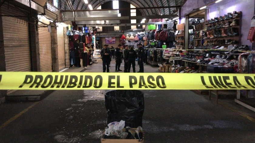 Las autoridades que atendieron el suceso presumen que trabajaba en uno de los locales.(Gustavo Suárez)