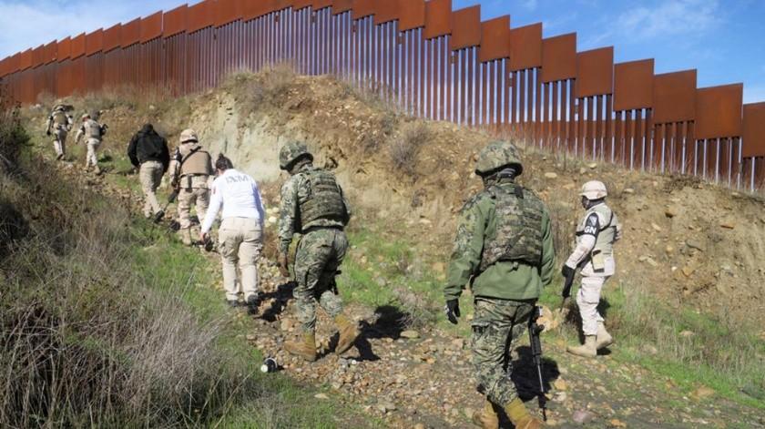 Buscaban apoyar a migrantes en el muro fronterizo.(Jesús Bustamante)