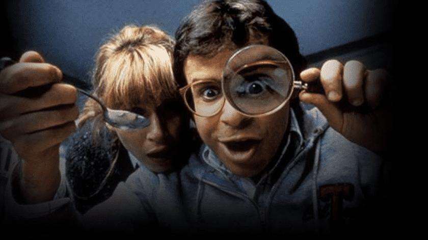 """""""Honey, I Shrunk the Kids"""" contaba las divertidas aventuras de un científico (Rick Moranis) que, por error, convertía a sus dos hijos y a otros dos niños del vecindario en seres diminutos.(Tomada de la red)"""