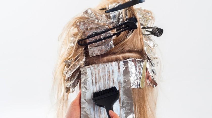 ¡Cuidado! Pintarse el cabello y planchárselo aumenta riesgo de padecer cáncer(Pixabay)