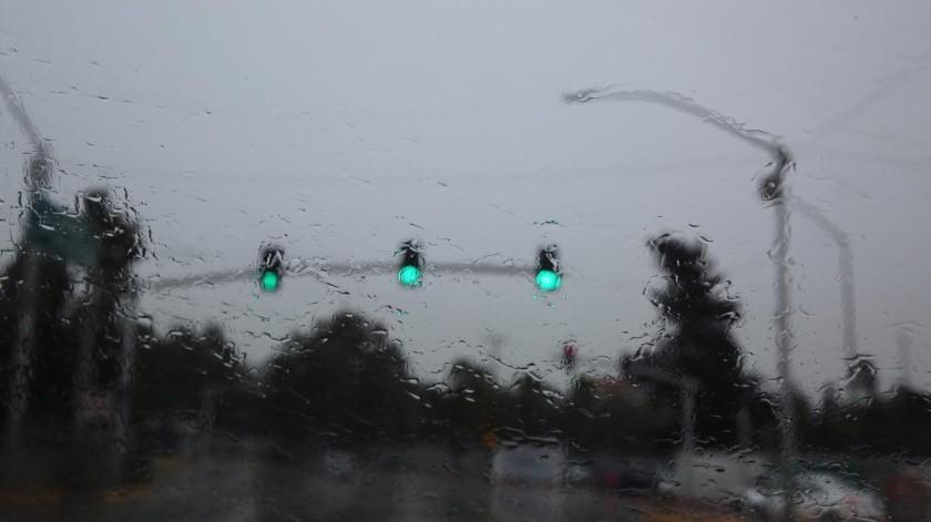 Para el fin de semana se espera que continúe esta condición con lluvias y lloviznas ocasionales y será a partir del día lunes cuando esta condición cese(Cortesía)
