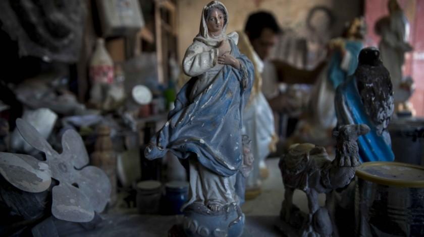Una virgen de yeso en un taller artesanal de Managua, Nicaragua.(EFE)