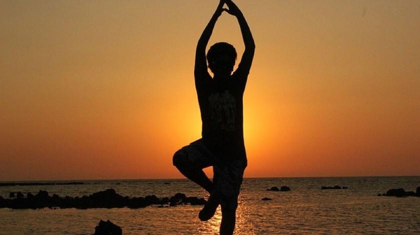 Diversas publicaciones, charlas e incluso clases de yoga han llegado a la FIL Guadalajara.(Tomada de la red)