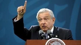 Andrés Manuel López Obrador dijo que en el escándalo de corrupción en Baja California, que llevó a la suspensión en su cargo a dos funcionarios de primer nivel, no debe permitirse la corrupción y castigarse a quienes incurran en violaciones a la ley.