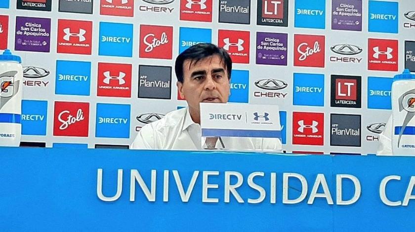 Gustavo Quinteros se despidió ayer de la Universidad Católica de Chile.
