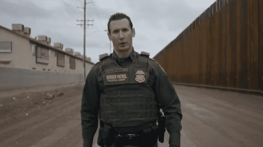 Migrante que escaló muro en video viral fue detenido(Archivo)