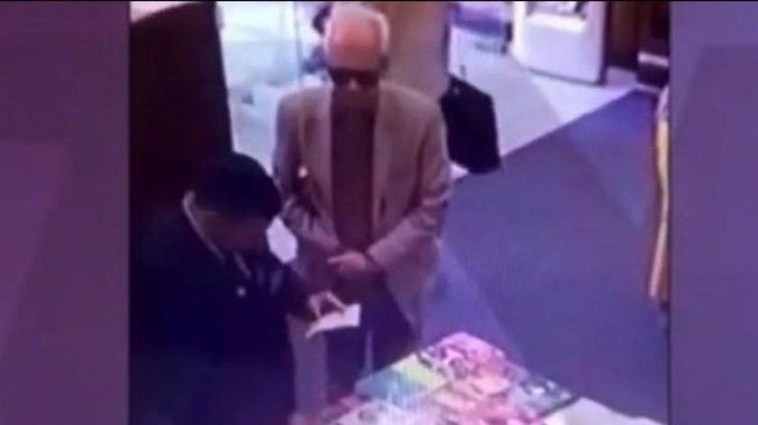 Óscar Ricardo Valero Recio Becerra regresó a México tras el polémico caso del presunto robo del libro.