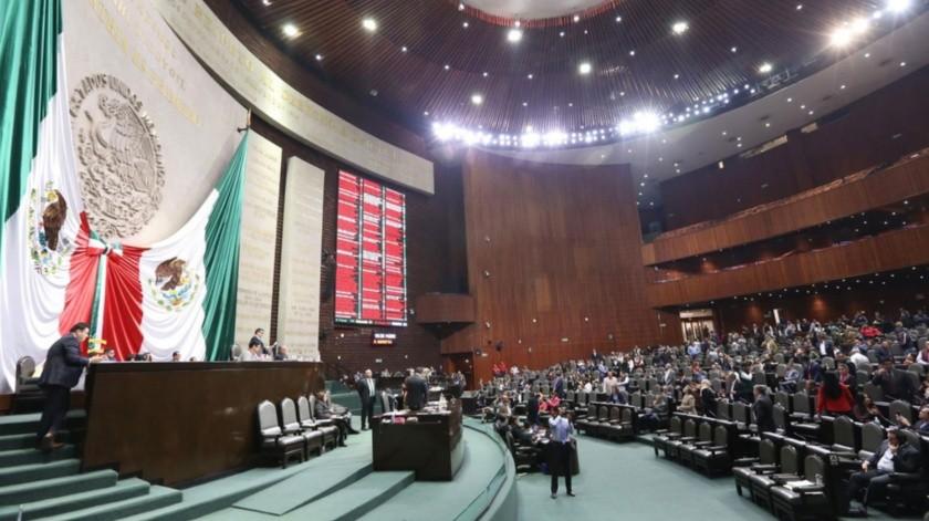 Diputados de Morena y del PAN intercambiaron insultos por el tema del aborto.