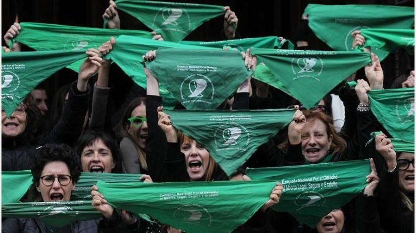 Según el ministro de Salud, 30 mujeres mueren en promedio al año por abortos clandestinos en Argentina.(EFE)