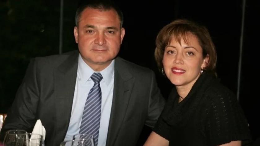 El presidente Felipe Calderón perdonó impuestos a la esposa de Genaro García Luna, quien fuera su secretario de Seguridad durante su administración.(El Universal.)