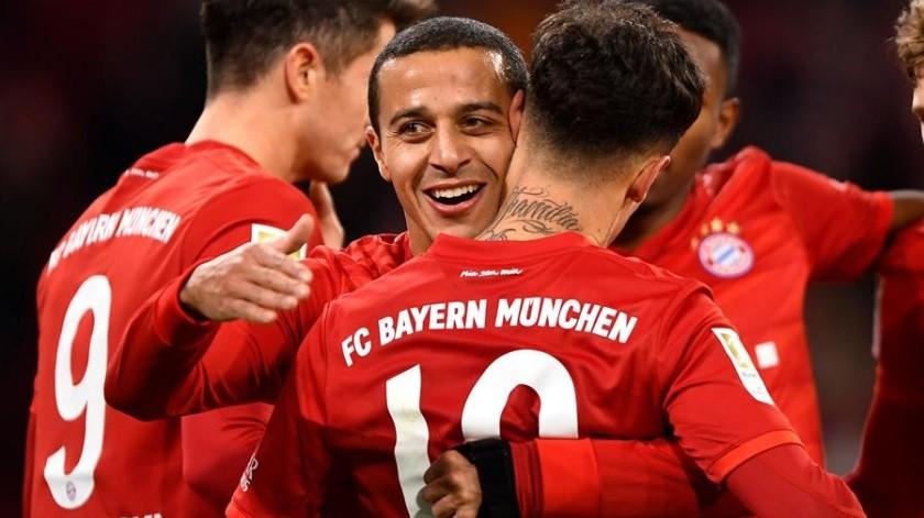 Schalke hunde al Bayern lejos de zona de Champions(EFE)