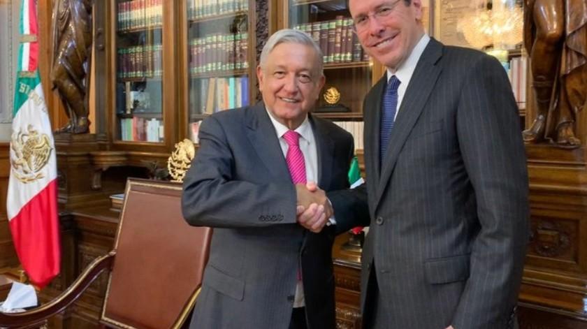 AT&T seguirá invirtiendo en México: AMLO