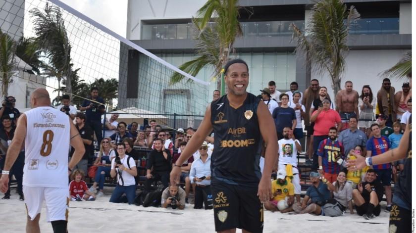 """""""Los jugadores mexicanos tienen talento, son muy atrevido"""", Ronaldinho(Agencia Reforma)"""
