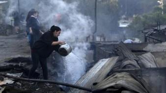 150 hogares fueron arrasados por incendio forestal en Chile
