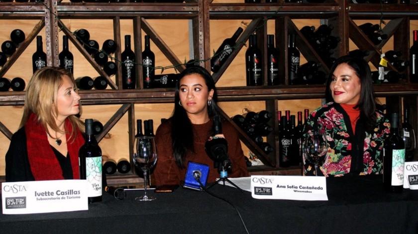 Ana Sofía ha logrado 5 medallas de oro con su vino Flor de Roca, de Casta de Vinos.(Cortesía)