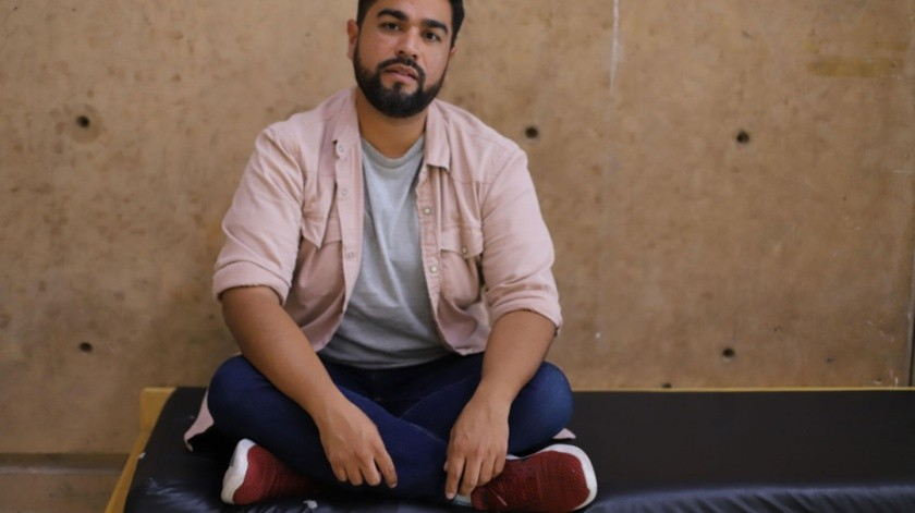 """El tijuanense Luis Rosales, de 39 años de edad es uno de los directores de casting más reconocidos de los últimos tres años, su ojo para encontrar el talento que buscan los cineastas le ha sido confiado en proyectos como """"Luis Miguel: La serie"""", """"Chicuarotes"""", """"La Casa de las Flores"""" y """"Las elegidas""""."""