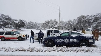 Llaman a manejar con mucha precaución en áreas nevadas