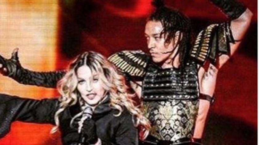 Madonna, quien mantiene un romance con Ahlamalik Williams, un chico 35 años menor que ella, parece querer llevar la relación a un siguiente nivel, esto según las declaraciones de Drue, el padre del joven.