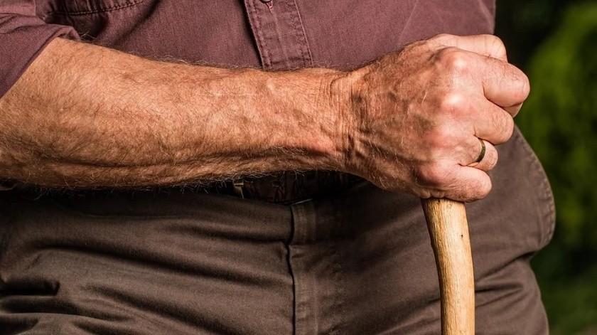 Un estudio muestra la relación entre la contaminación atmosférica y el desarrollo de osteoporosis.