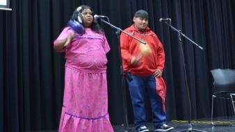 Delfina Albañez Arballo y Kenneth Eduardo Reza entonarán cantos rituales en lengua pa ipai en La Hora Nacional.