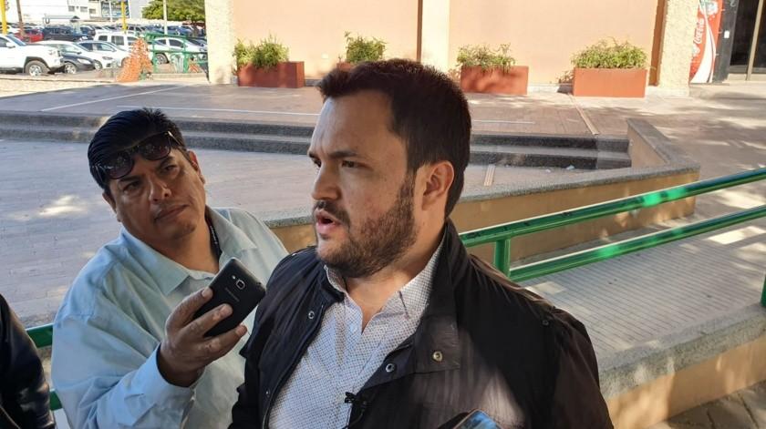 Mario Welfo Álvarez Beltrán(Mayra Echeverría)