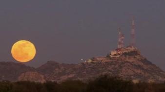 FOTOS: Así lució la primera Luna llena del 2020 en Hermosillo