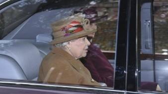 Se prepara Isabel II para reunión sobre los duques de Sussex