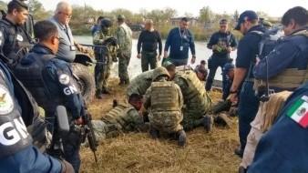 Mueren 4 militares ahogados tras caer vehículos a canal en Reynosa