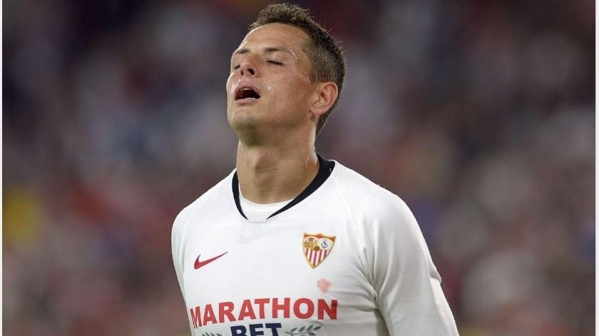 ¿Adiós a Europa, Chicharito al LA Galaxy; sale del Sevilla?(AP)
