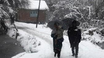 Aumenta a 94 muertos en Pakistán por las nevadas y lluvias