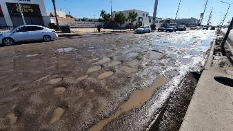 Habrá recursos para combate a baches en Hermosillo, dice López Obrador