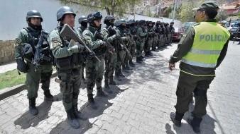 Bolivia despliega fuerte operativo en Embajada mexicano