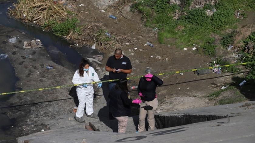 El cuerpo fue encontrado en una de las compuertas.
