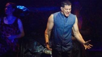 Enrique Guzmán está envuelto en la polémica por lanzar un comentario que muchos consideran homofóbico contra el cantante Yahir.